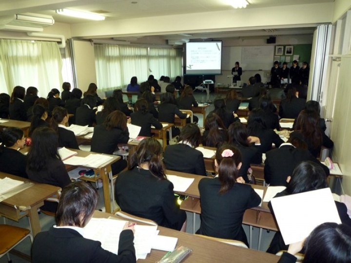 聖徳大学幼児教育専門学校画像